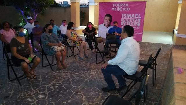 Peraza Valdez se reúne con líderes y vecinos para conocer necesidades y propuestas