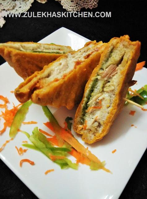 Cheesy Chicken Sandwich Pakoda
