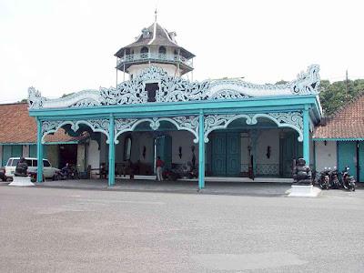 Mangkunegaran - Paket Tour Yogyakarta Periode Lebaran 2018 - Salika Travel