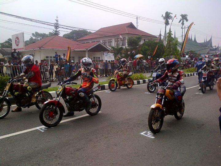 Pesona Para Raja Berasap di Road Race Ranah Minang