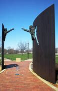 JFK and MLK statues