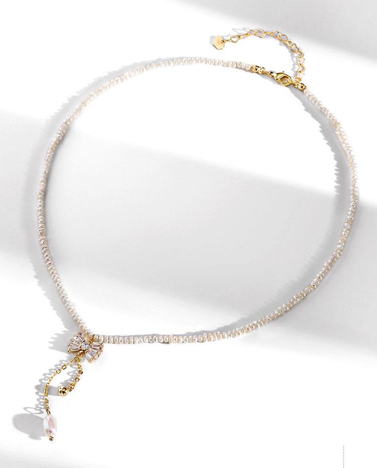 不規則的優雅淡水真珍珠蝴蝶結項鍊