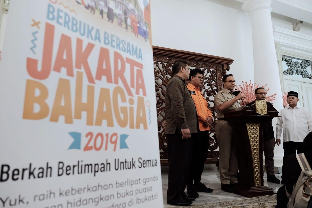 Cara Anies Mengurai Ironi Buka Puasa di Jakarta