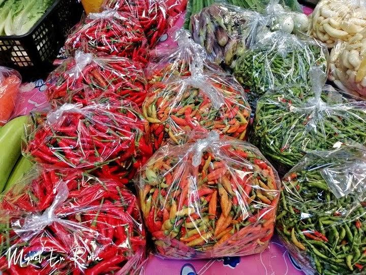 Pimiento tailandés en el mercado de las flores de Bangkok