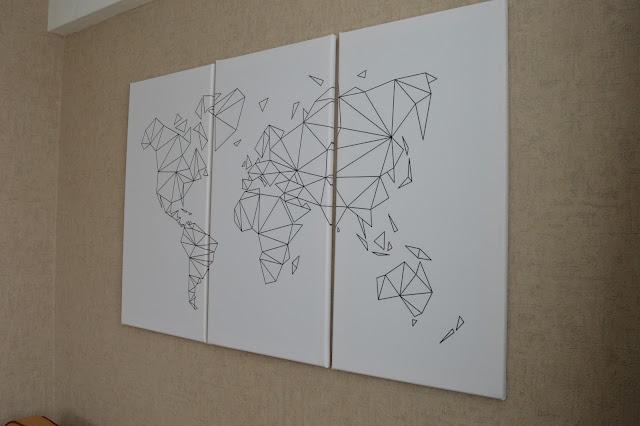 Wereldkaart op drieluik
