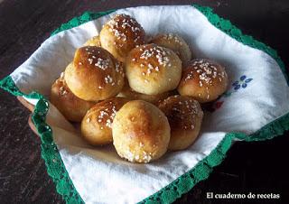 Bolitas de pan rellenas de chocolate
