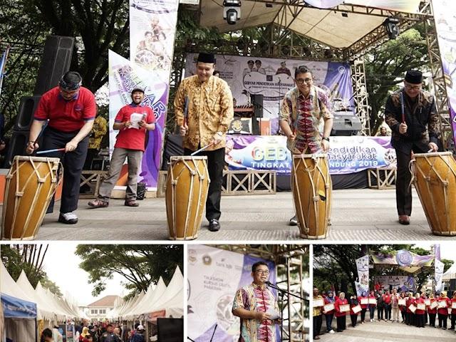 Disdik Kota Bandung Gelar Gebyar Pendidikan Masyarakat Pertama di Indonesia