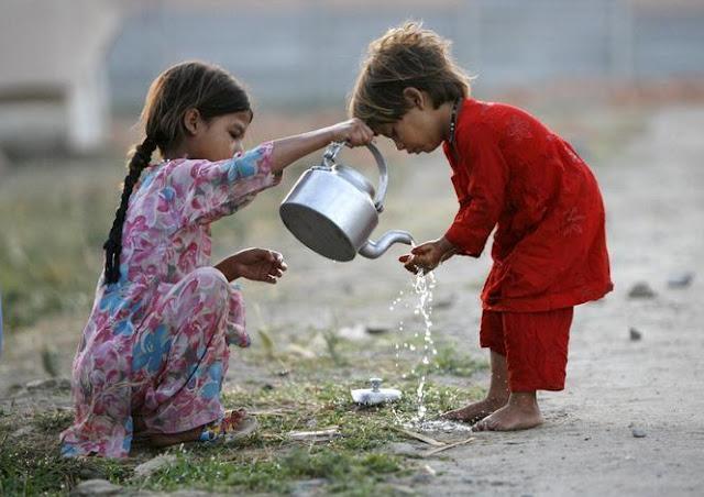 Menebar Kebaikan, Mencintai Sesama Peduli Orang Lain