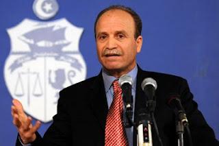 """مهدي مبروك، قيس سعيد، الباجي قائد السبسي، الهجرة السرية، مؤامرة، ظاهرة """"الحرقة """"، حربوشة أخبار"""