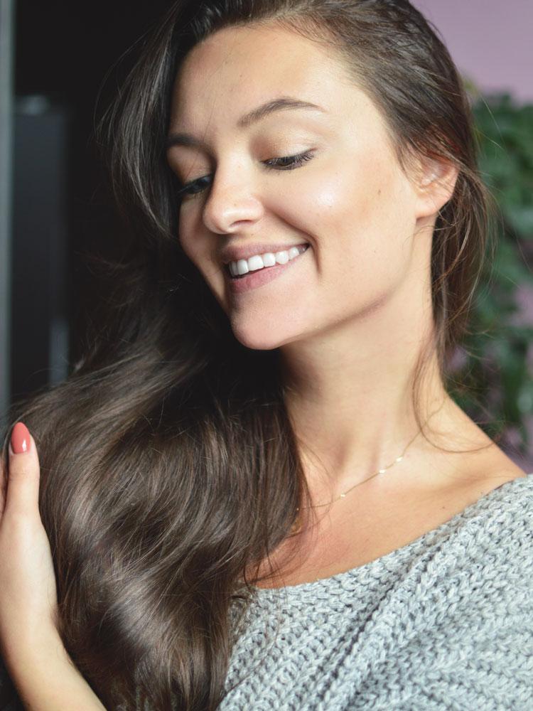 Jak myć włosy odżywką i najlepsze maski/odżywki do mycia - Czytaj więcej »