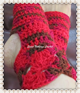 free crochet pattern, free crochet socks pattern, free crochet yoga socks pattern,