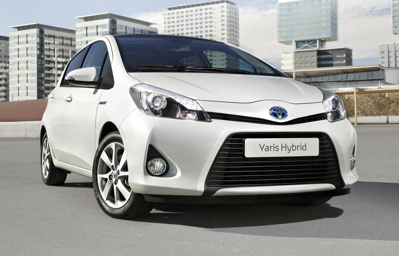in4ride toyota yaris hsd hybrid on its way to mzansi. Black Bedroom Furniture Sets. Home Design Ideas