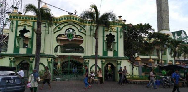 Benteng Prabowo: Bukan Wewenang Takmir Masjid Melarang Orang Shalat
