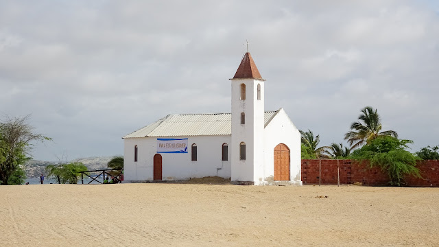 The small church at the coast of Baia Farta