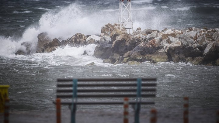 Κακοκαιρία σήμερα με βροχές, καταιγίδες και ισχυρούς ανέμους