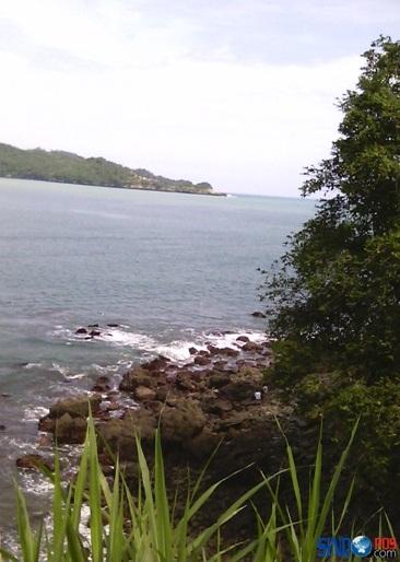 Wisata Pantai Tamperan Pacitan
