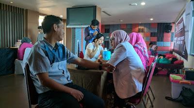Peringati HUT RI ke-73, Hotel Santika Makassar Gelar Donor Darah