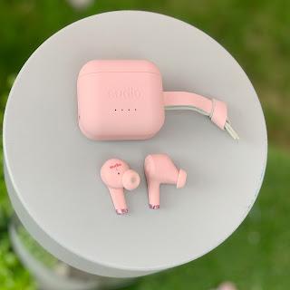 少女系生日禮物 - 櫻花粉Sudio藍牙耳機 #附優惠碼