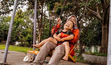 Yuk temani aktivitas bersama anak dengan bermain game kado dari bunda di website panduanbunda