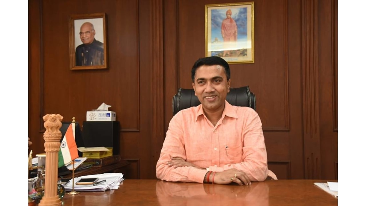 Pramod Sawant Wiki, Age, Biography, Wife, Children, Family & More