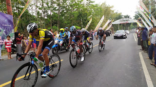 Asisten Administrasi Pemkab Lumajang Sambut Peserta Tour D'Indonesia