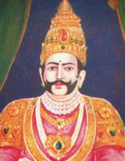 Vasireddy Venkatadri Nayudu was a hereditary zamindar of Chintapalli, later Amaravathi, in the Guntur district of India, under the Nizam of Hyderabad and the British East India Company. He had under his control 552 villages and towns located in Guntur and Krishna districts and their environs.  అమరావతిలో ఉన్న రాజా వాసిరెడ్డి వెంకటాద్రి నాయుడి విగ్రహాన్ని ప్రారంభిస్తున్న ముఖ్యమంత్రి చంద్రబాబు నాయుడు (దాచిన చిత్రం) అమరావతి, న్యూస్టుడే: అమరావతి చరిత్ర పుటల్లో ఆయనది సుస్థిర ప్రస్థానం. నాటి చరిత్ర వైభవానికి అంకురార్పణ చేసి వందలాది ఆలయాలను నిర్మించి ఆధ్యాత్మికతను ప్రజ్వలింపజేసిన ఘనత ఆయన సొంతం. ఆయనే అమరావతి జమీందార్ రాజా వాసిరెడ్డి వెంకటాద్రి నాయుడు. గుంటూరు, కృష్ణా జిల్లాలలోని 12 పరిగణాలను ఏక ఛత్రాధిపత్యంగా స్వతంత్రంగా పాలించిన ఘనత ఆయనది. ఆయన పాలనా తీరుతెన్నెలు నేటి పాలకులకు సైతం ఆదర్శవంతం. ఆయన చేసిన అభివృద్ధి నేటికీ ప్రస్ఫుటిస్తుంది. వెంకటాద్రి నాయుడు చేసిన విశేష సేవలను గుర్తించిన ప్రభుత్వం శనివారం ఆయన 259వ జయంతి వేడుకలను ఆధ్యాత్మిక నగరమైన అమరావతిలో నిర్వహించేందుకు ఏర్పాట్లు చేస్తోంది. ఈ సందర్భంగా ఆయన విధానాలు, పాలనపై కథనం..  రాజా వాసిరెడ్డి వైభవం ఇలా... రాజా వాసిరెడ్డి వెంకటాద్రి నాయుడు 1761లో ఏప్రిల్ 27న జమీందారు జగ్గన్న, అచ్చమ్మ దంపతులకు జన్మించారు. అచ్చంపేట మండలంలోని చింతపల్లిని రాజధానిగా చేసుకొని పరిపాలన కొనసాగించారు. అనంతరం పరిపాలనా సౌలభ్యం, భద్రత దృష్ట్యా రాజధానిని ప్రముఖ పర్యాటక ప్రదేశంగా విరాజిల్లుతున్న జంట గ్రామాలైన అమరావతి, ధరణికోటకు మార్చారు. ఆనాడు అత్యంత ప్రమాదకరంగా గ్రామాలను దోచుకుంటున్న పిండారీ అనే దారి దోపిడీ దొంగలను తన ఫిరంగి దళంతో అంతమొందించి ప్రజలకు రక్షణ కల్పించారు. అనేక తటాకాలు, సత్రాలు, రహదారులను ఆయన నిర్మించారు. ప్రస్తుతం ఉన్న అమరావతి - క్రోసూరు ఆర్అండ్బీ రహదారిని ఆయనే అభివృద్ధి చేశారు. తన తండ్రి జగ్గన్న పేరుతో కృష్ణా జిల్లాలో జగ్గయ్యపేటను, తన తండ్రి అచ్చమ్మ పేరుతో అచ్చంపేటను అభివృద్ధి చేశారు. తన పరిపాలనా కాలంలో పంచారామ ప్రథమ క్షేత్రమైన అమరావతి అమరేశ్వరాలయంతోపాటు మంగళగిరి లక్ష్మీనరసింహ స్వామి వారి దేవాలయం, వైకుంఠపురం వెంకటేశ్వర స్వామి దేవస్థానంతో పాటు 100కు పైగా దేవాలయాలను నిర్మించి ధూపదీప నైవేద్యాలకు వందలాది ఎకరాల భూములను విరాళంగా ఇచ్చి తన సేవా నిర