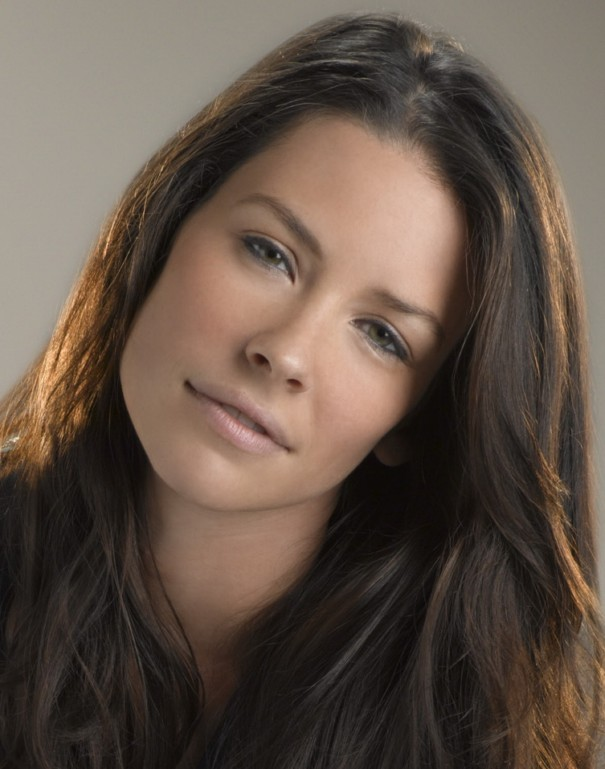 Gorgeous Evangeline Lilly Hot Pictures - Hottest Pictures -8101