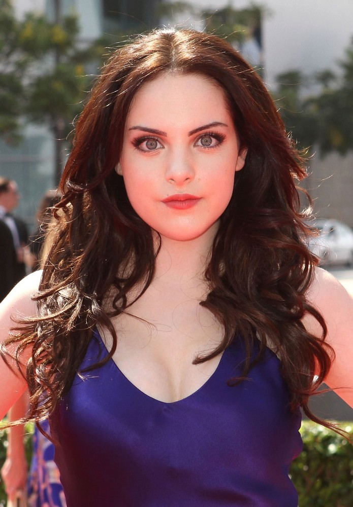 Celebrity Arena: Elizabeth Gillies Hot Sexy Photo And ...
