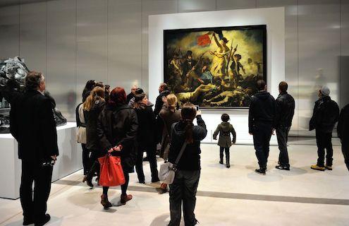 La-Libertad-guiando-al-pueblo-Museo%2B-del-Louvre