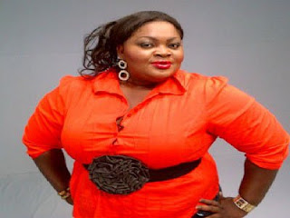 Actress Eniola Badmus reacts after being told to stop posing like a slim mama