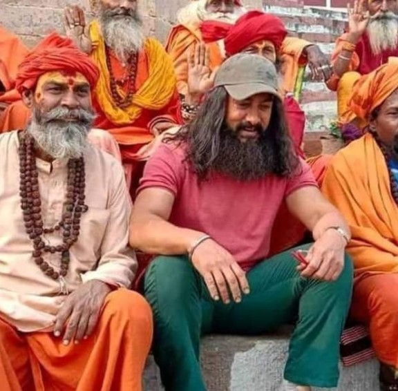Laal Singh Chaddha (2021) Stars: Aamir Khan, Kareena Kapoor, Mona Singh
