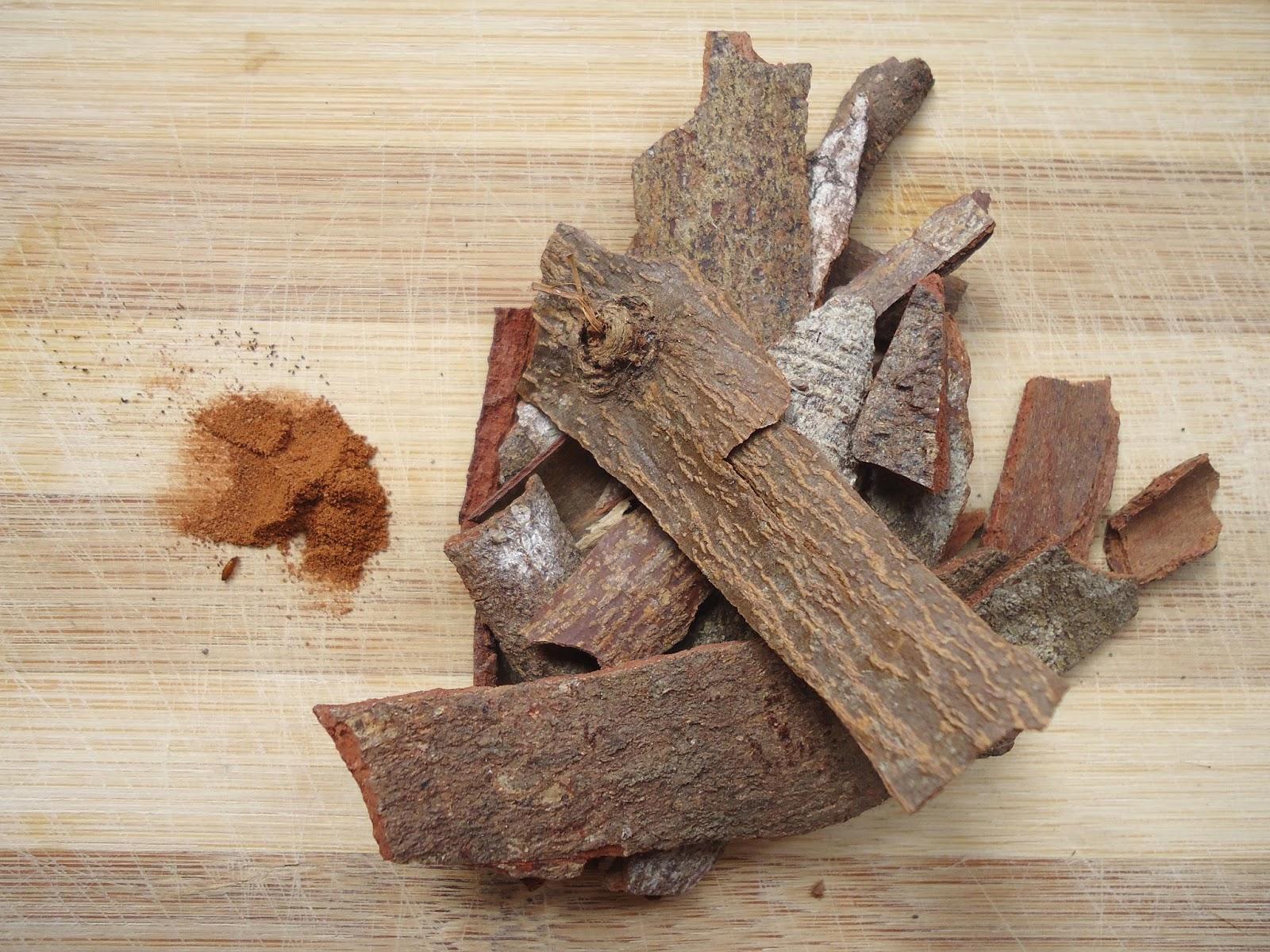 cinnamon bark and powder