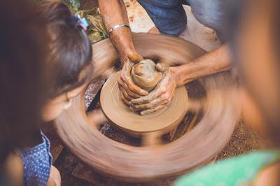 Ternyata ini Alasan Mengapa Produk Handmade Lebih Mahal Dipasaran