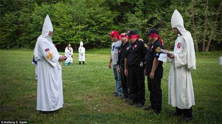 Toàn bộ thông tin về Hội kín 3K (Ku Klux Klan - viết tắt KKK)