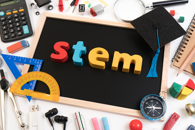 Gearing Up for STEM in the Classroom with Staples Business Advantage