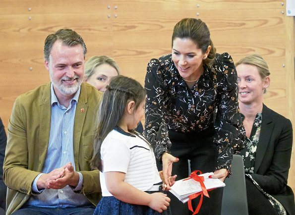 Crown Princess Mary wore a Isabel Marant blouse and Gianvito Rossi shoes. Red Barnet and Minister Ulla Tørnæs in Roskilde
