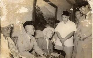 Sukarno dan Empat Ulama Sufi....!!!