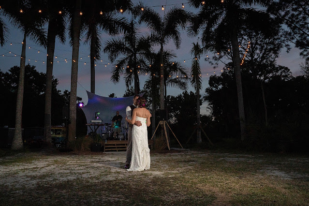 wedding first dance at Shadowood Farms wedding in Palm City Florida photo by Houghton Photography