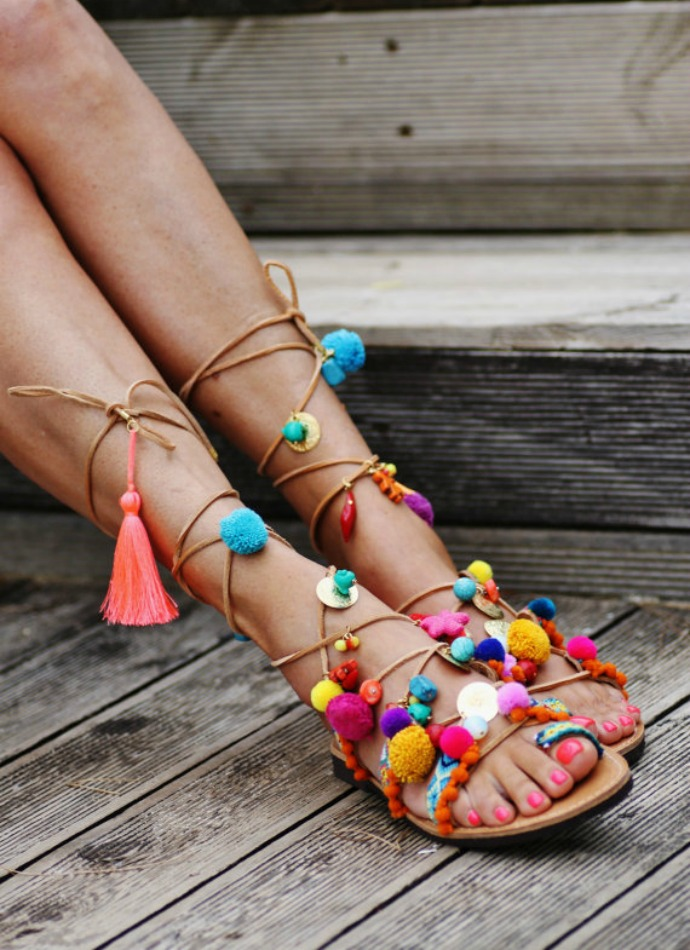 sandalias-cuerda-monedas-borlas