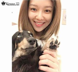 Foto Selca Sooyoung Girls Generation menggendong anjing
