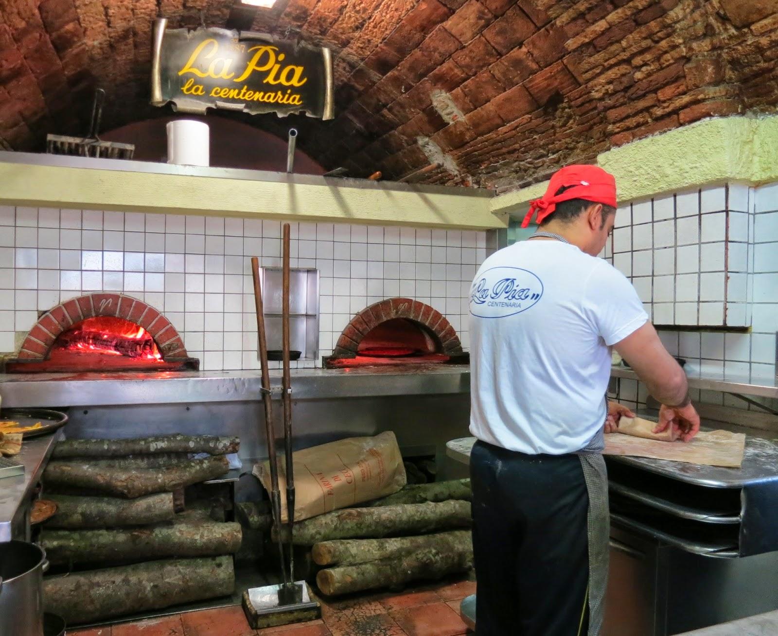 La Pia, La Spezia. Farinata, Focaccia, Torta Verdura, Pizza