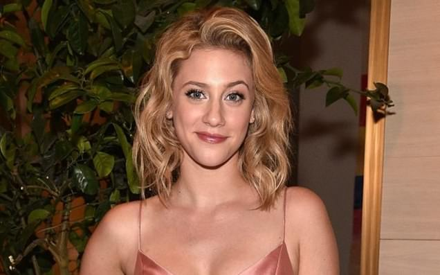 News Hitz Riverdales Lili Reinhart Says Coworker Once Tried To