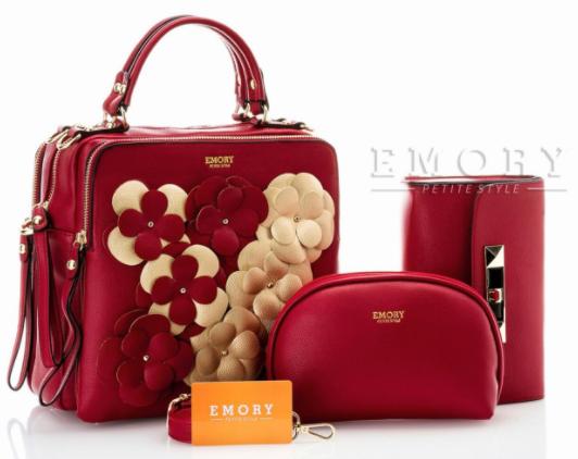 Tas wanita banyak sekali bahkan tas wanita juga di produksi dari  brand-brand ternama 7cf0e7f7f6