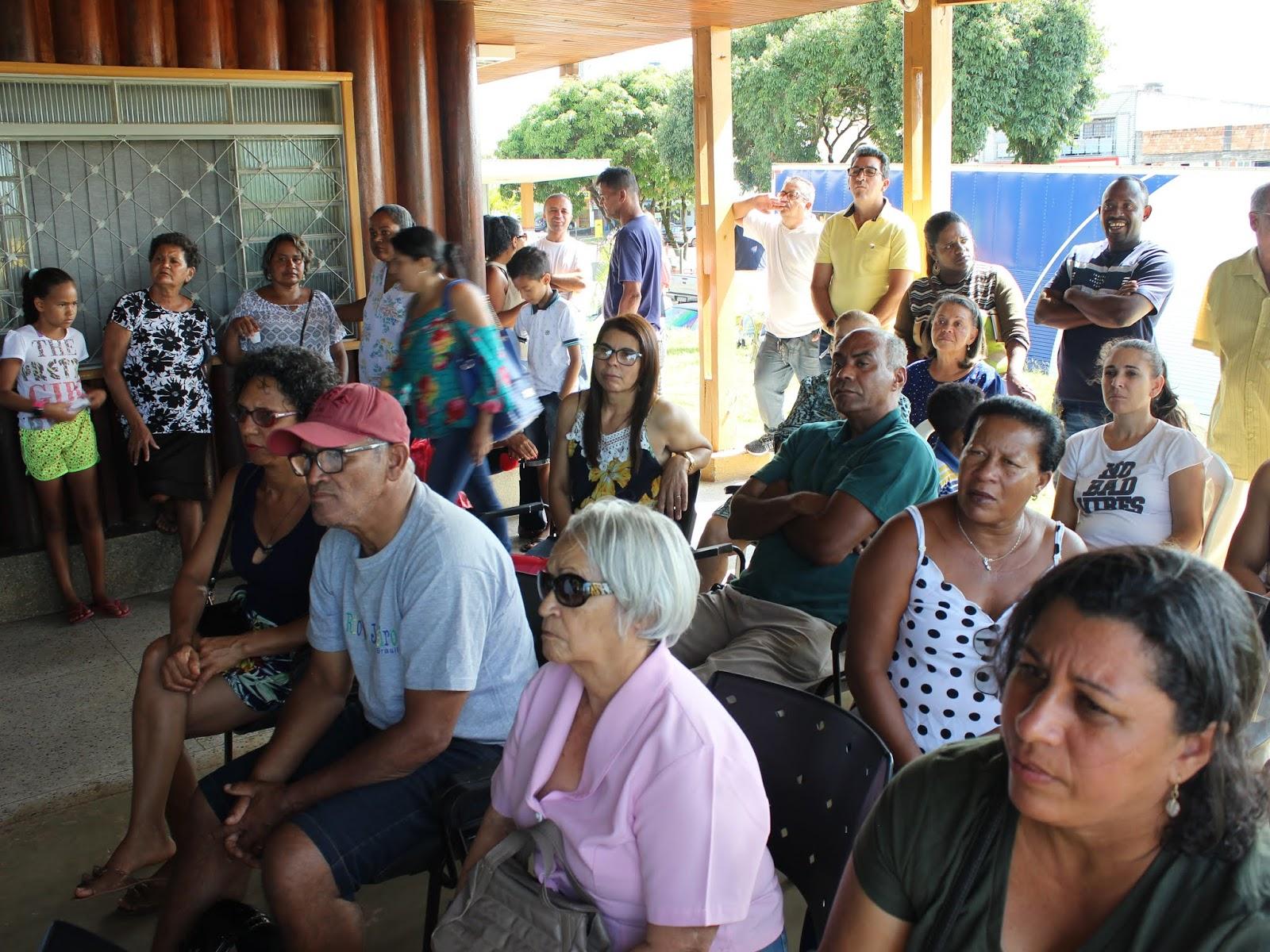IMG 2818 - Novo administrador do Paranoá, Sergio Damasceno, começa seu primeiro dia de trabalho no Domingo ouvindo a comunidade local.