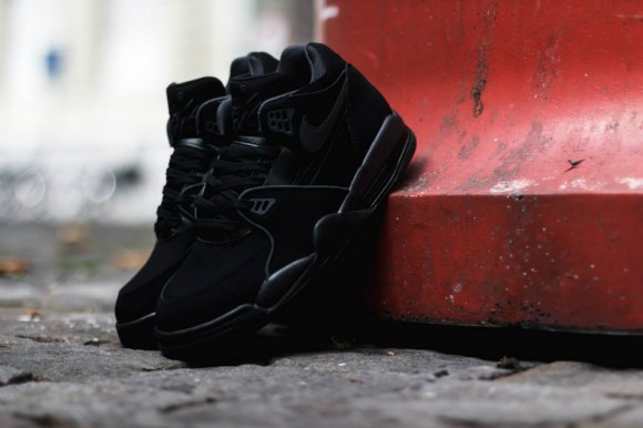 8b8a78df123 TODAYSHYPE  Nike Air Flight 89 Black Anthracite