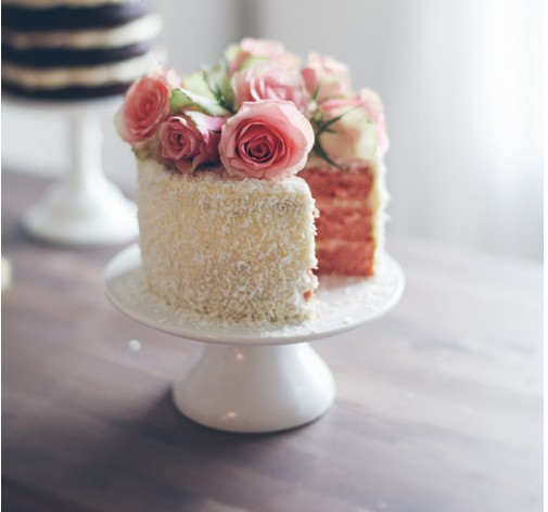 Wedding Cakes With Flowers On Top: Emma Taylor: Wedding Cake Design Ideas