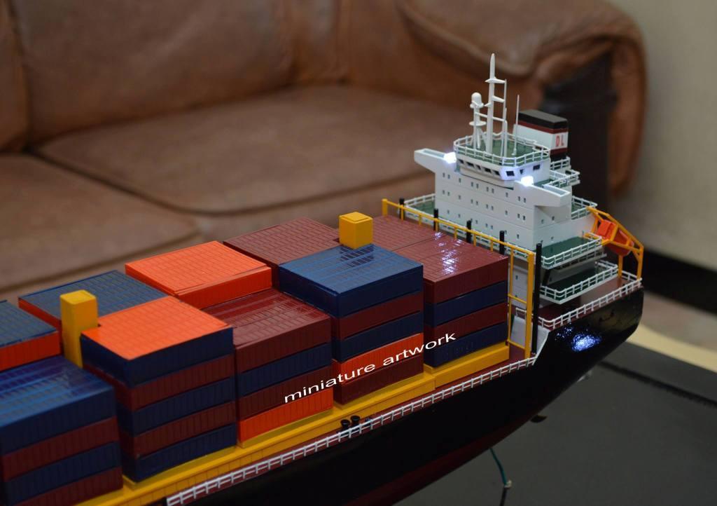 souvenir maket miniatur kapal mv sam ratulangi pb 1600 pt djakarta lloyd planet kapal rumpun artwork bergaransi