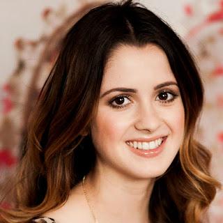 Laura Marano.
