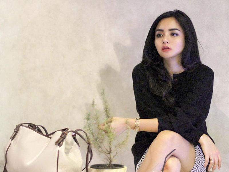 Foto Seksi Gita Sinaga Terbaru