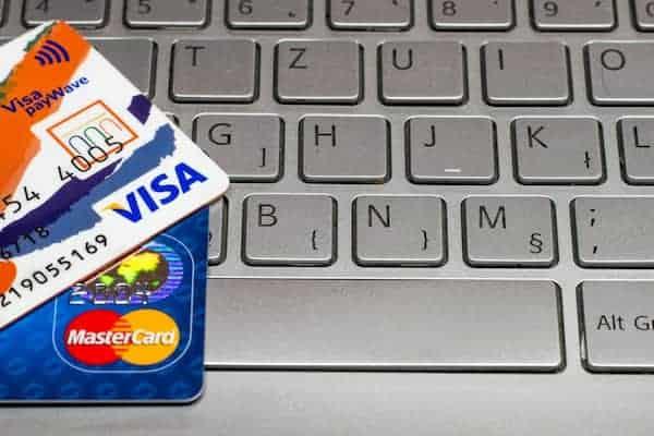 7 مواقع للحصول على بطاقة فيزا كارد وهمية مشحونة مجانا ب 500 دولار 2021